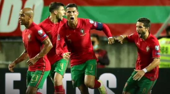 """""""Ronaldo"""" hits the double, Portugal beats Ireland 2-1"""